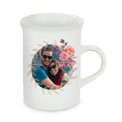Tasse mit gewölbtem Rand